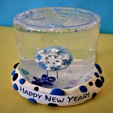 Kidcreate Studio, New Year's Eve Snow Globe Art Project